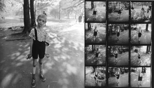 diane_arbus_child_toy_hand2